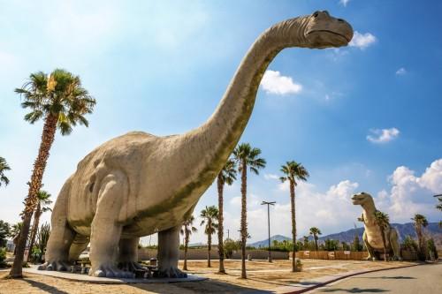 Cabazon-Dinosaurs-1050x701